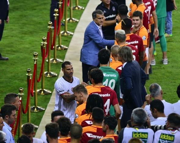 Galatasaray Süper Kupa'yı beşinci kez müzesine götürdü