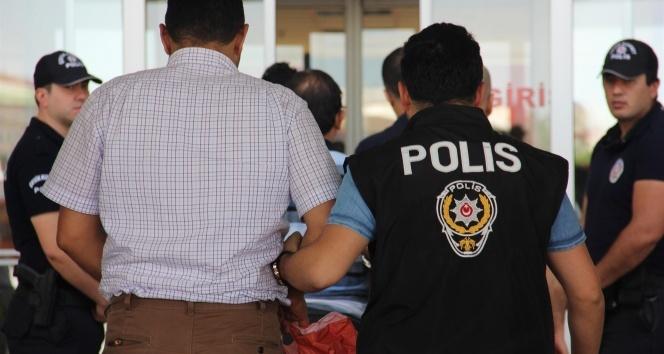 Alanya Cezaevi ikinci müdürü FETÖden gözaltına alındı