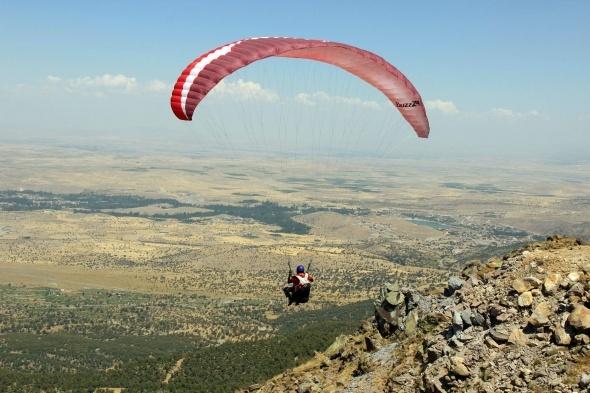 Yamaç Paraşütü Dünya Kupası Aksaray'da start aldı