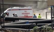 İzmirde 43 katlı binada dehşet: 1 işçi öldü, 1 işçi ağır yaralandı