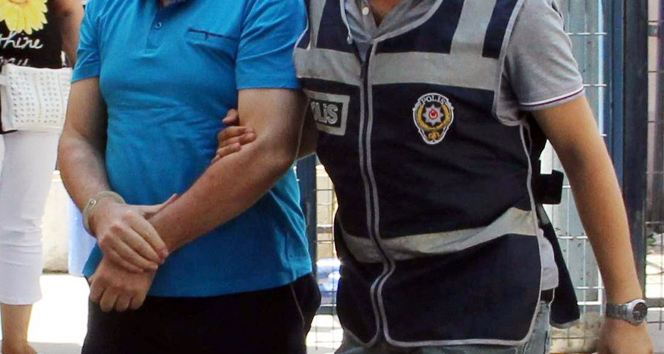 Antalya'da FETÖ operasyonu 22 gözaltı