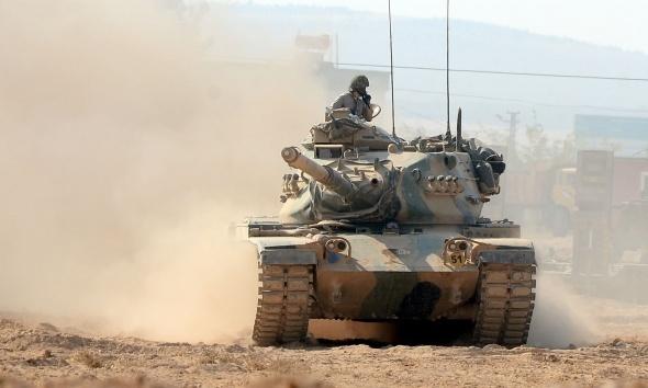 Suriye sınırına askeri sevkıyat devam ediyor