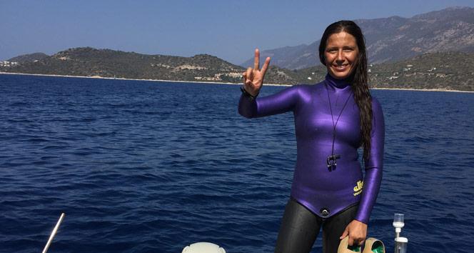 Derya Can'dan yeni bir dalış rekoru