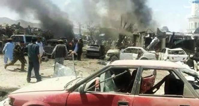 Somalide çifte bombalı saldırı: 10 ölü, 20 yaralı