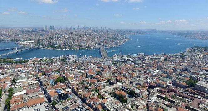 Türkiyeye gelen ziyaretçi sayısı yüzde 27 azaldı