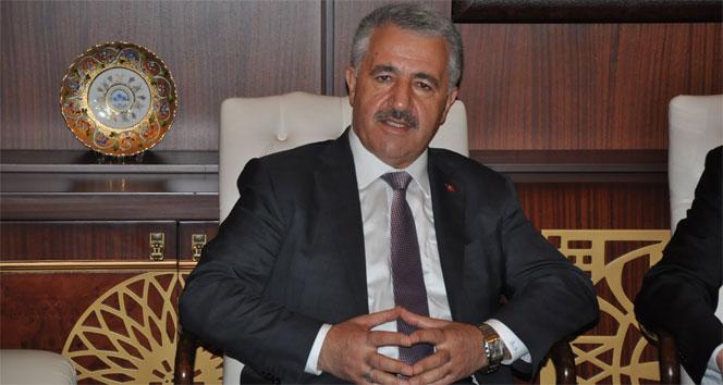 Bakan Arslan, KKTC Cumhurbaşkanı Akıncıyla görüştü