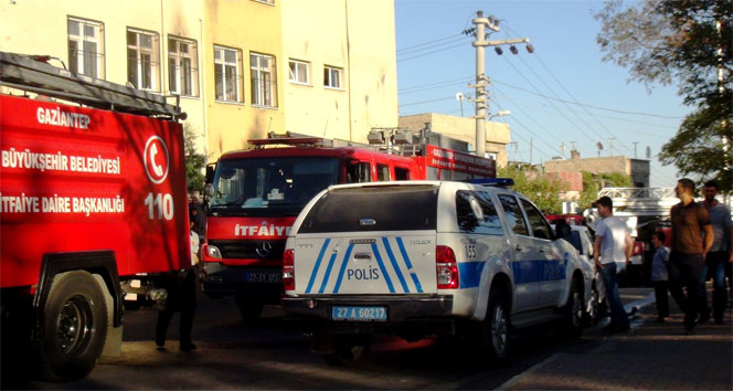 Gaziantepte okula molotoflu saldırı