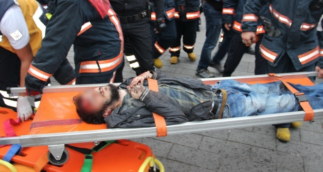 Taksim Metro istasyonunda panik!