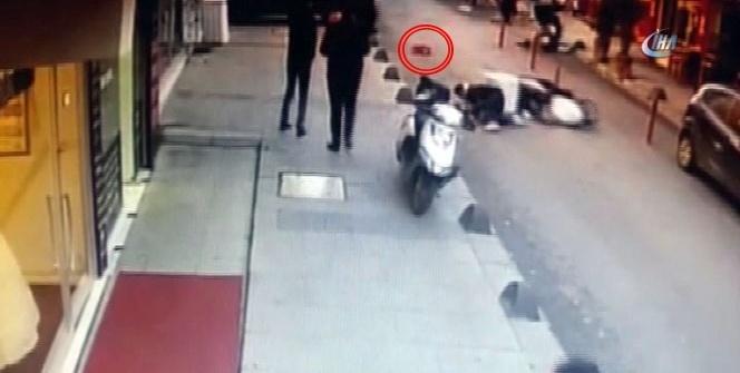 Yola fırlayan minik kıza motosiklet böyle çarptı