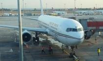 Atatürk Havalimanında yolcu uçağını su bastı