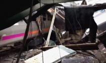 ABDde feci tren kazası: 3 ölü, 100den fazla yaralı