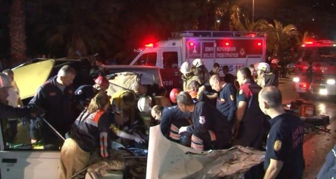 İzmirde feci kaza: 1 ölü, 5 yaralı