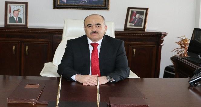 Vali Zülkif Dağlı Muhtarlar gününü kutladı