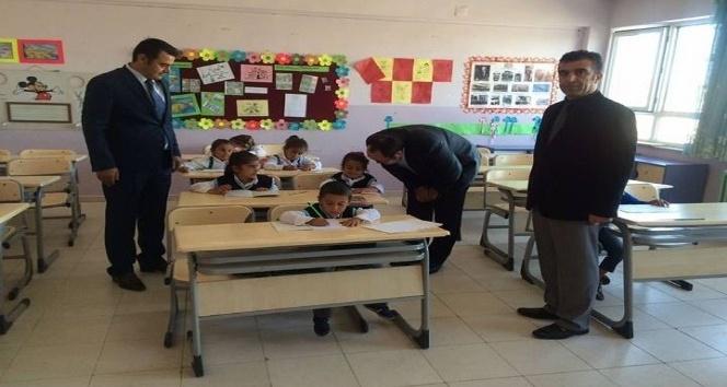 Kaymakam Uslan'dan köy okullarına ziyaret