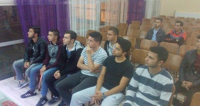 Alaplı'da KYK öğrencileri için kurs açıldı