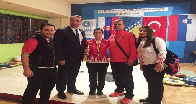 Bosna Kupası Halter Şampiyonası'nda milliler 1. oldu