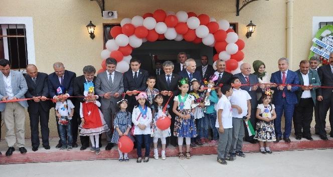 Reyhanlı'da Taipei Dostluk Okulu törenle eğitime açıldı