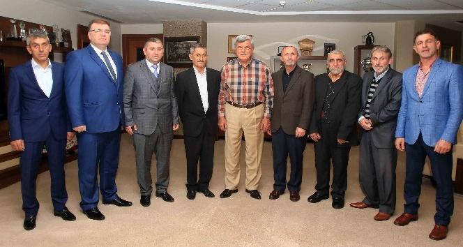Başkan Karaosmanoğlu, SUMOTAŞ yönetimiyle bir araya geldi