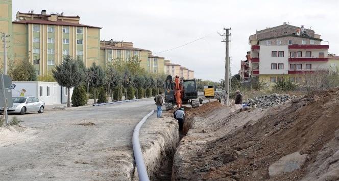 2000 evlerde içme suyu şebeke yenileme çalışmaları sürüyor