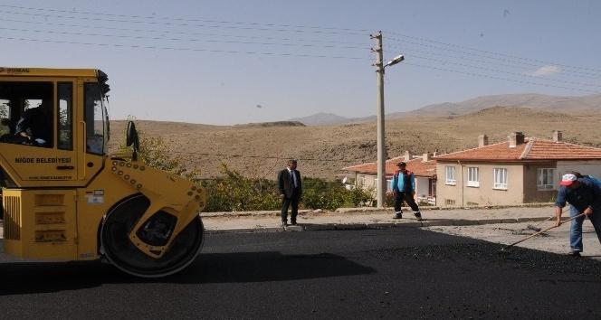 Muhtar'dan Başkan Akdoğan'a asfalt teşekkürü