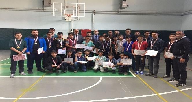 Hakkari'de Amatör Spor Haftası etkinlikleri