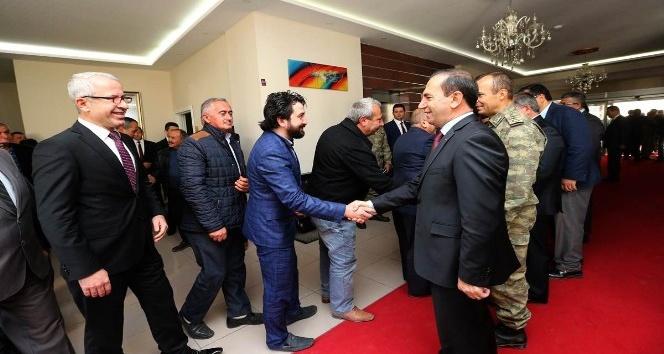 Amasya'da yöneticiler ile muhtarlar buluştu