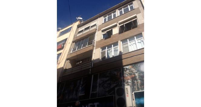 Kocaeli'de çatı onarımı yapan işçi 6. kattan aşağı düştü