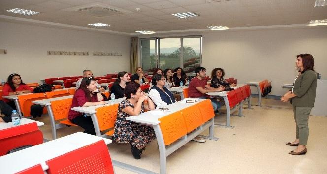 Akdeniz Üniversitesi'nde İşaret Dili Kursu başladı