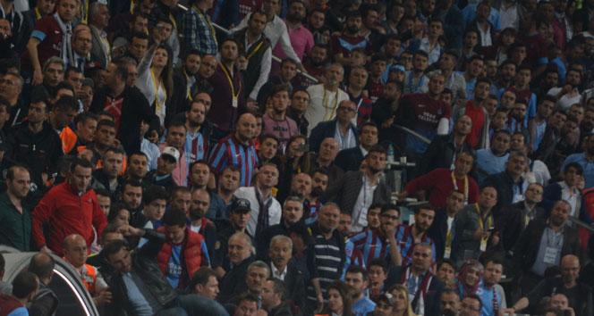 TT Arenaya Trabzonspor taraftarları da geliyor