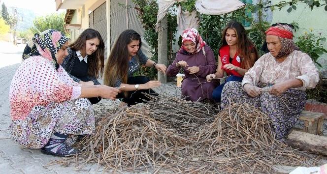 Şehirli gençler köy hayatını öğreniyor