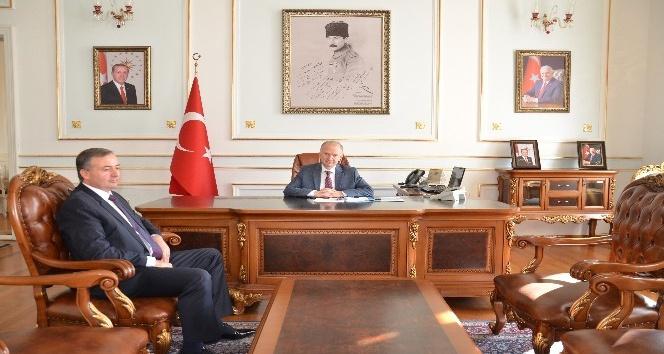 TEKSİF Şube Başkanı Bozan'dan Vali Ceylan'a ziyaret