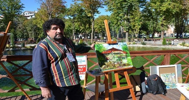 Hürriyet Parkı tuvallere yansıtıldı
