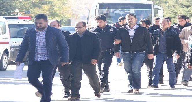 Yozgat'ta Bylock kullanmaktan gözaltına alınan 9 emniyet mensubu adliyeye sevk edildi