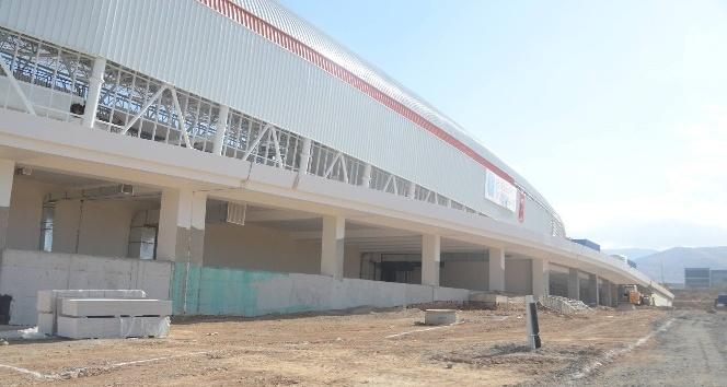 Malatya Arena'da rulo çim serimi bu ay içerisinde yapılacak