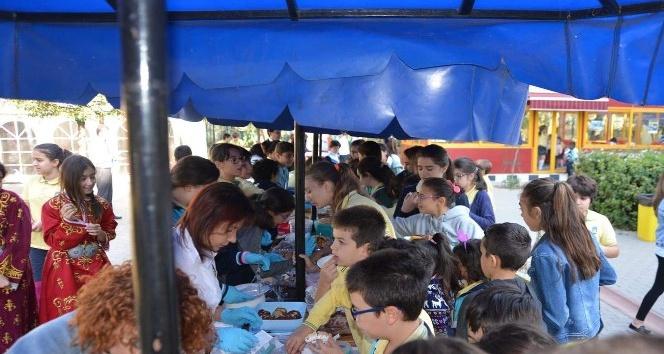 Geleneksel Başak Koleji Aydın günleri kermesi düzenlendi