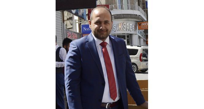 AK Parti Yerel Yönetimler Başkanı Demirses, Muhtarlar Günü'nü kutladı