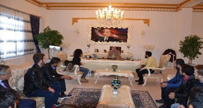 Genç CHP'lilerden Çat Belediyesi'ne ziyaret