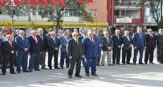 Gebze'de Muhtarlar Haftası nedeniyle tören düzenledi