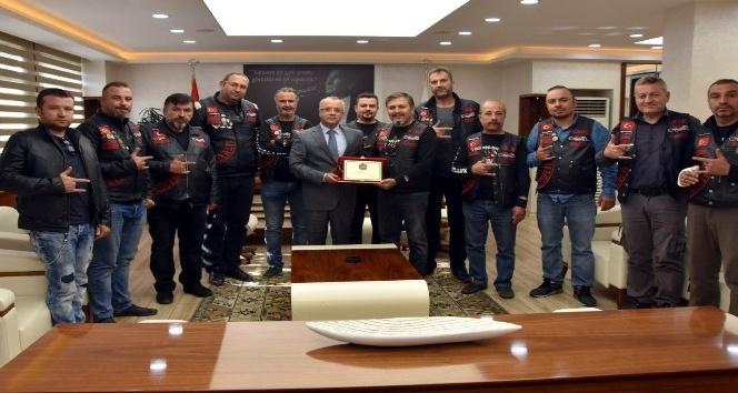 Salihlili motoksikletçilerden Başkan Kayda'ya ziyaret