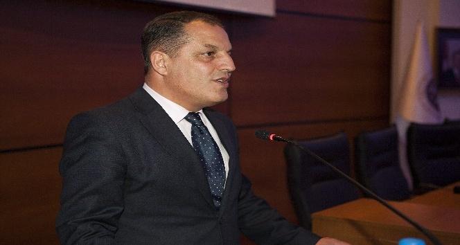 Atatürk Üniversitesi'nde Mevlâna ve Şiiri Paneli düzenlendi