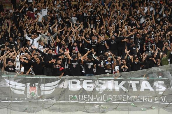 Napoli Beşiktaş maçından kareler