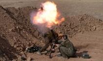 DAEŞe karşı Peşmergeyle birlikte çatışan Amerikan askerini İHA görüntüledi