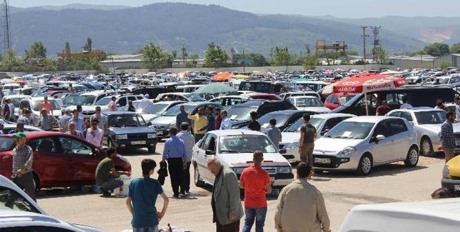 Sıfır otomobiller kampanya yaptı, ikinci el otomobiller elde kaldı