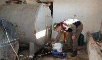 Aksaray'da 6 ton kaçak madeni yağ ele geçirildi