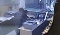 Falçatalı PTT soygunu güvenlik kamerasında