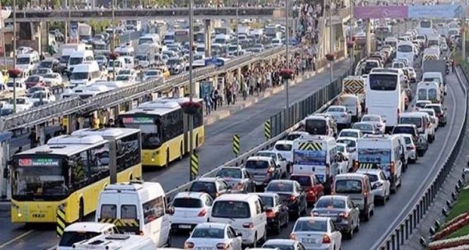 İstanbulda bazı yollar 18.00den itibaren trafiğe kapatılacak