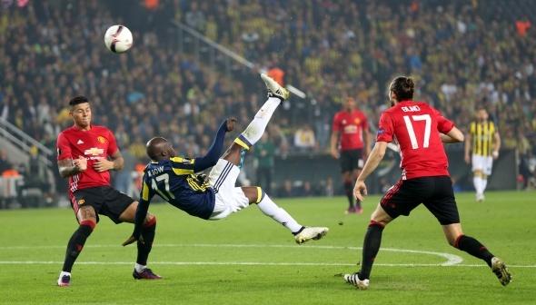 Fenerbahçe Manchester maçı özel kareler