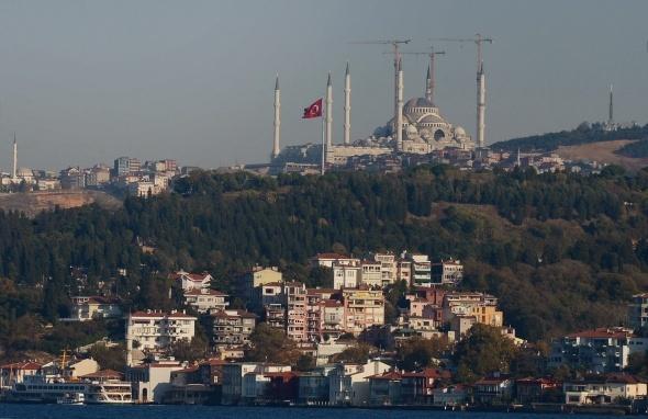 Boğazın yeni incisi İstanbul'un silüetine güzellik katıyor