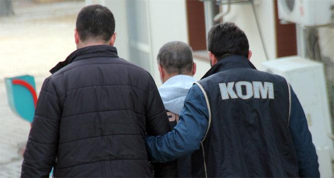 Terörden kaydı bulunan şahıs mültecilerle yakalandı