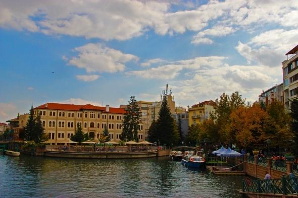 Eskişehir'de sonbaharın renkleri büyüledi